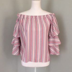 NWT Romeo and Juliet Couture off the shoulder top